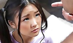 Privy oriental schoolgirl receives blocked messing helter-skelter