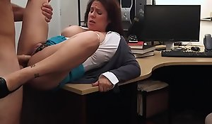 Mummy Sucking Dick to Hypothecate their way man Out of Jail - XXX Pawn
