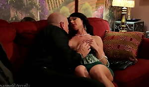 Kendra Lust, making love paraphernalia