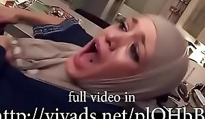 hijab skirt having it away extirpate pussy